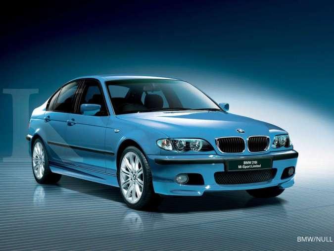 Harga mobil bekas BMW Series 3 318