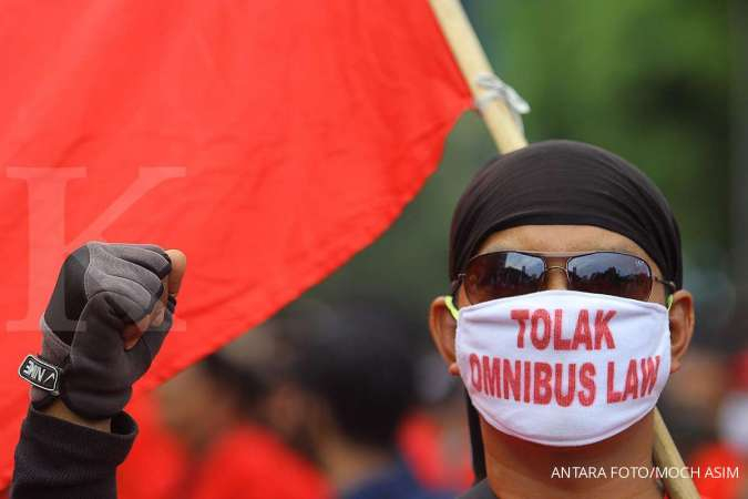 Sekitar 10.000 buruh Banten gelar aksi tolak UU Cipta Kerja di Istana Negara hari ini