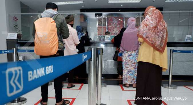 Harga saham BBCA & BBRI kian menghijau di akhir perdagangan bursa Rabu (13/10)