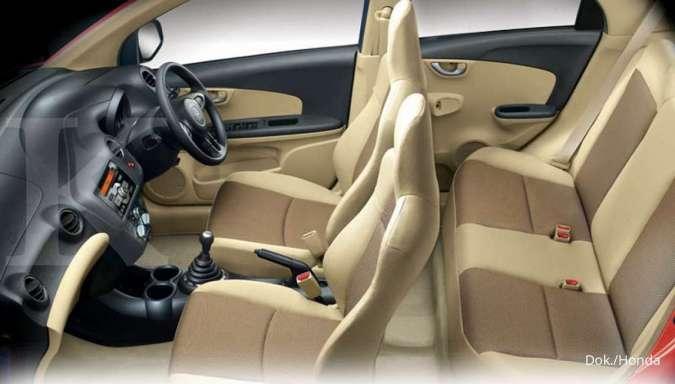 Harga mobil bekas Honda Brio (Interior Honda Brio Satya Gen 2)