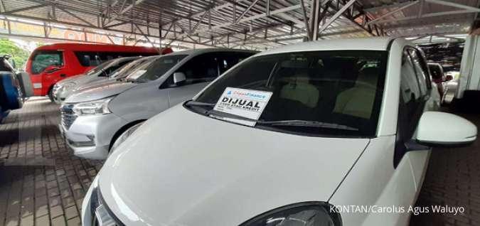 Simak deretan harga mobil bekas termurah Rp 40 jutaan, bisa ambil MPV
