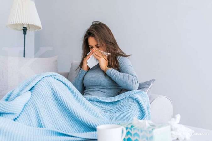 Viral infection can be one of the causes of sore throat to swallow