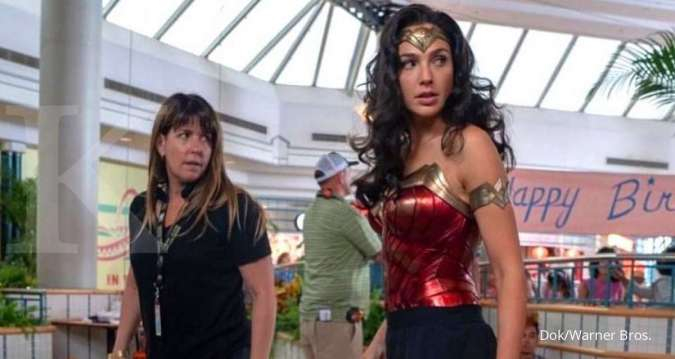 Sutradara Patty Jenkins dan Gal Gadot yang bekerjasama lagi di film Wonder Woman 1984.