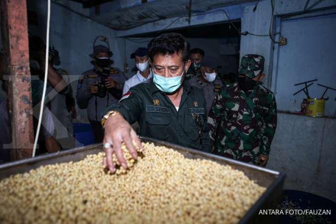 Mentan Syahrul Limpo berkomitmen memperluas lahan pertanian untuk menekan impor pangan.
