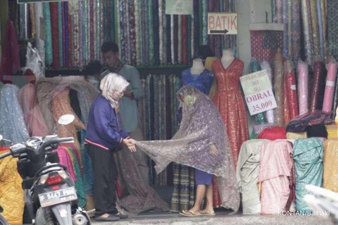 Ancaman Krisis Industri Tekstil Lokal Belum Pudar