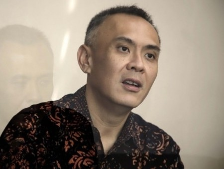 Mengembalikan fokus Indosat ke bisnis inti