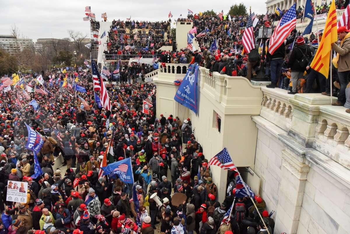 Unjuk rasa pendukung Trump